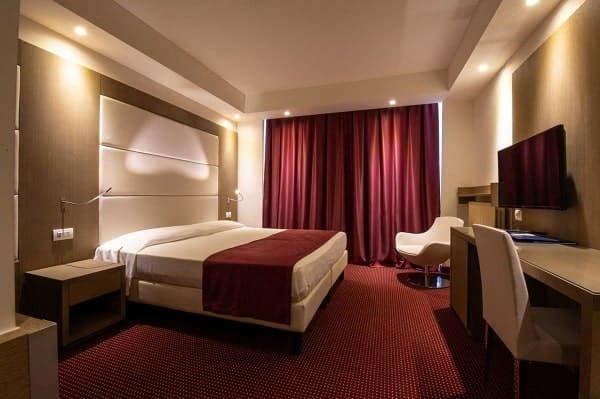 Arredamento camere hotel e alberghi. Trattiamo arredo camera per hotel. Chiavegato contract Verona