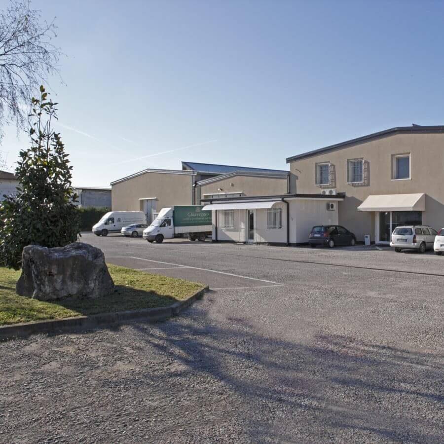 Azienda Chiavegato Contract Verona. Realizzazioni arredamento su misura hotel, B&B e affittacamere