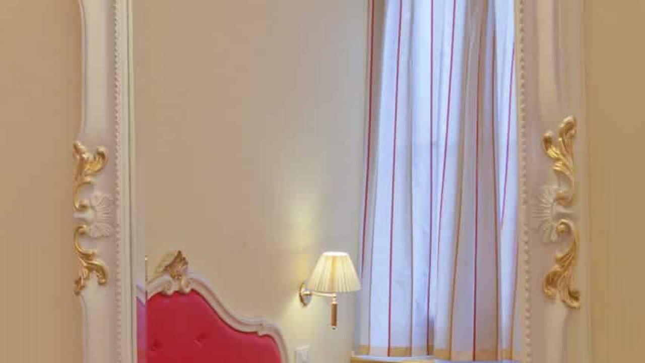 Contract San Lio Tourist House a Venezia. Arredamento realizzato su misura da Chiavgato Contract